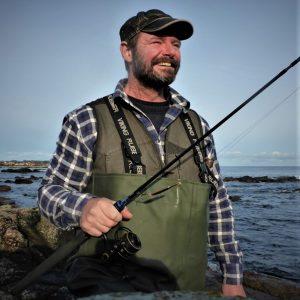 Guidede fisketure efter havbars i Danmark kan bestilles her.